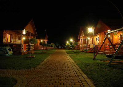 domki Darłówko Patryk nocą